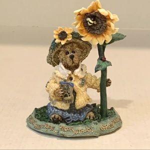 Boyds Bear Blossom B. Berriweather Resin Figurine